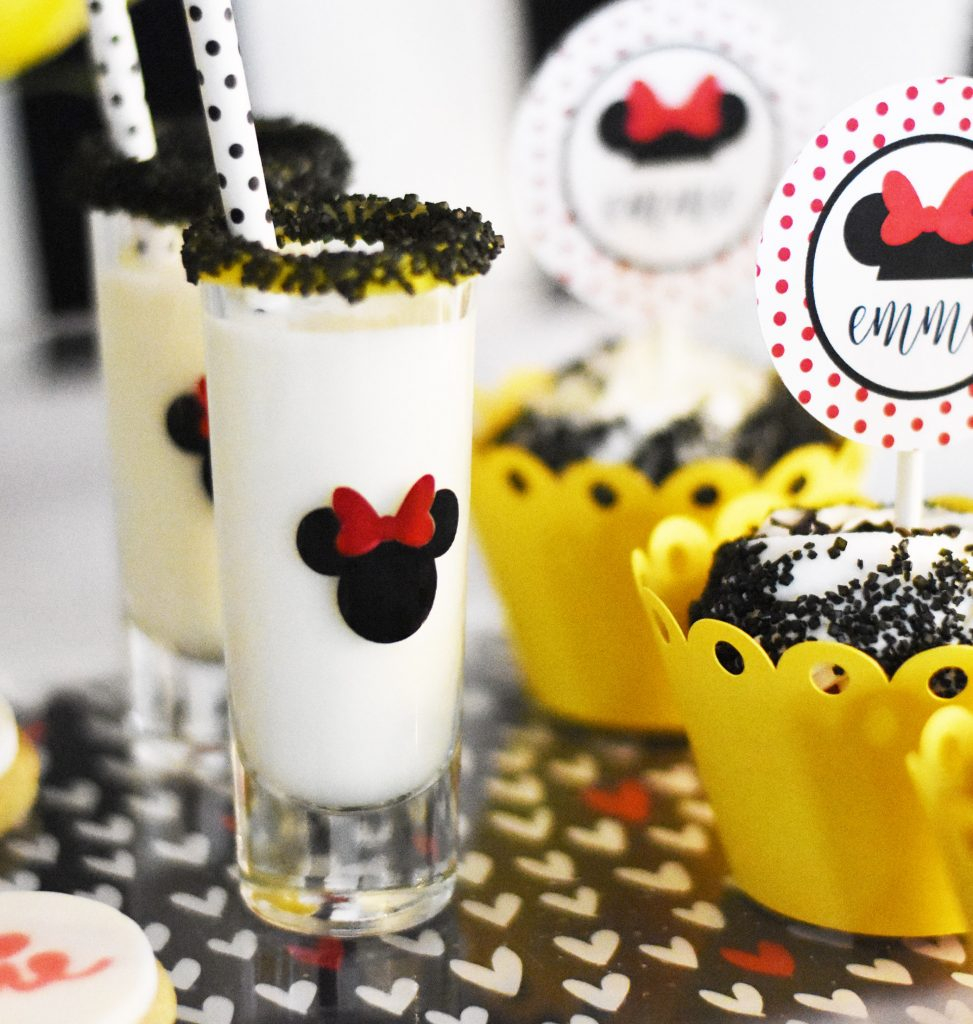 Cricut Minnie Mouse Birthday Party Decorations