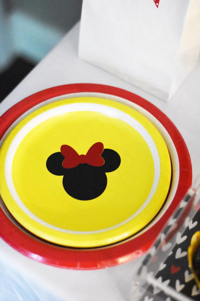 Minnie Mouse Party Plates Party Supplies