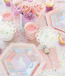 DIY Unicorn Party Plates with Cricut