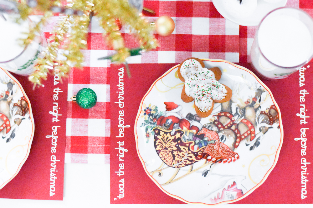 'Twas the Night Before Christmas Kids' Party Table and Christmas Party Ideas made with the Cricut Maker by Pineapple Paper Co.